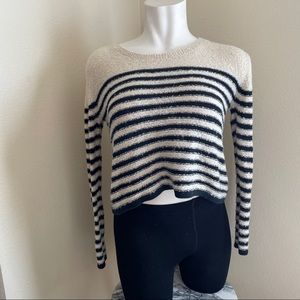 BP. Striped fuzzy cropped sweater black & cream M